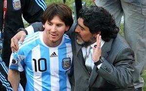 Maradona_Messi_3374577b